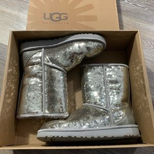 UGG Women's W Classic Short Sparkle Boots